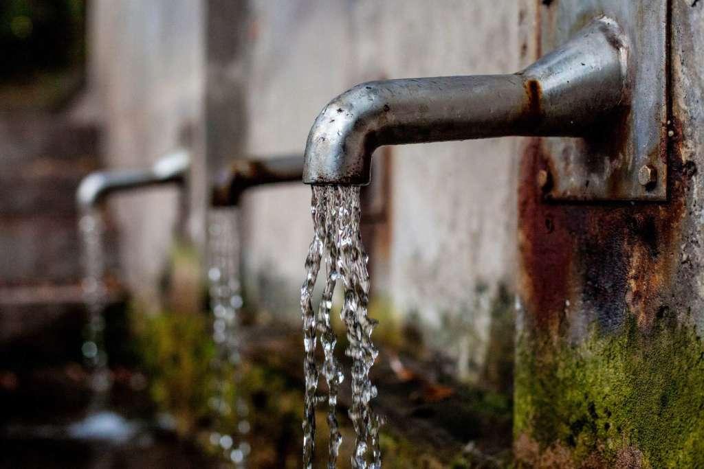 Некачественное водоснабжение и водоотведение