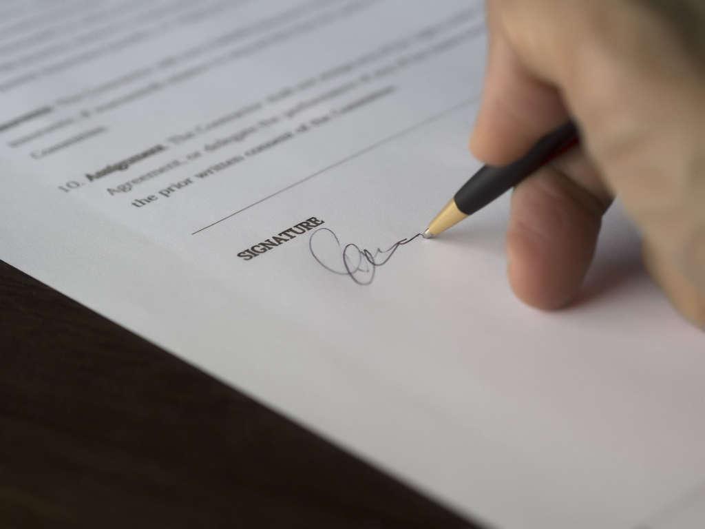 Переход права к новому собственнику (купля-продажа)