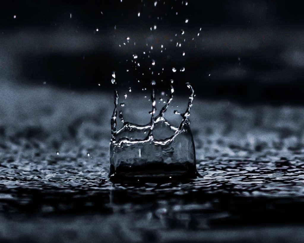 Кто возмещает ущерб при затоплении?